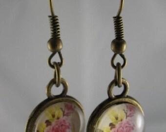 Boucles031 - Boucles d'oreilles bronze et cabochon fleur de roses
