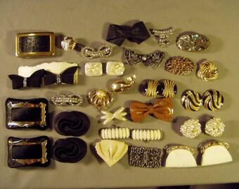 Vintage Lot Shoe Buckles Plastic Dress Clips Ladies Belt Buckles 10 Pairs  9357