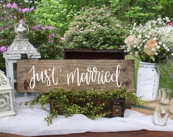 Just Married - Wood Sign