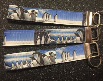 Keychain / Wristlet - Penguins - Free Charm