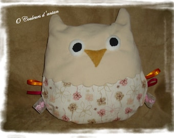 Pillow shape owl, child blanket, Christmas Decor, satin, eyes, beak, filled with ribbons