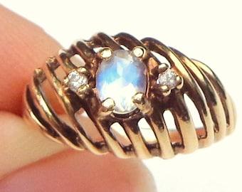 SALE, 14k Solid Yellow Gold, Filigree Ring, Diamond, AAA Rainbow Moonstone, Blue Flash, Natural Gemstone,,OOAK