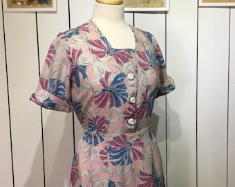 Original 1940's NOVELTY PRINT Day Dress - Beautiful Linen featuring bows in pinks, blues &  whites
