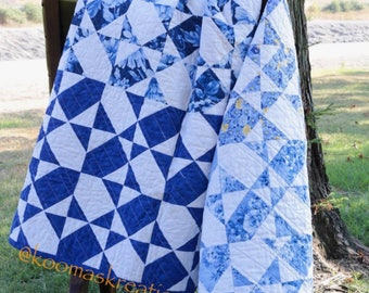 Beauty in Blue Quilt, flowers