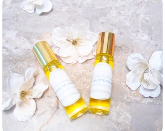 Eye Serum - 100% natural, anti wrinkle, anti aging skin care with Essential Oils by moisturizing and nourishing skin