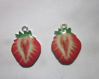 Strawberry Fruit Charms 25x19mm 2 Charms