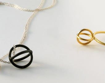 Sphere pendant with chain
