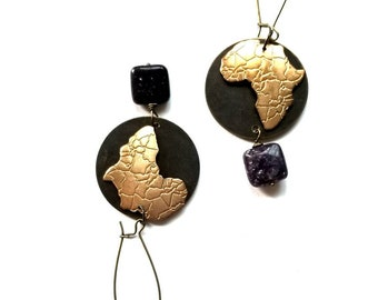 Africa pendant earrings//bohemian brass drop earrings//carved Africa  drop earrings// Boho chic dangle earrings//lepidolite earrings
