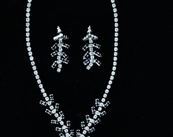Rhinestone Necklace Earring Set Wedding Special Occasion Vintage