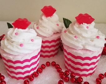Raspberry Kisses Cupcake Bath Fizzy, Raspberry Bath Fizzy, Berry Bath Soak, Fizzy Cupcake, Valentine Cupcake, Bubble Bar