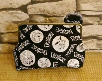 POKEMON GO - Black and white Pokemon clutch bag