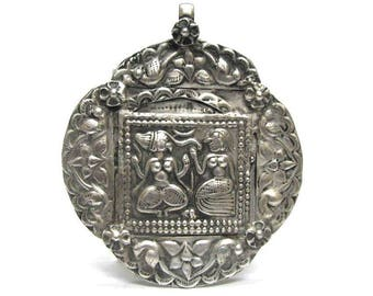 Antique  Indian Amulet, Ganesh and Pavarti Pendant, Old Indian Amulet, High Grade Silver, Rajasthan, 21.68 Grams, Ethnic Tribal