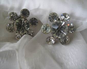 Pair of Vintage Rhinestone Brooches / Scatter Pins / Estate Jewelry / Formal Jewelry / Bridal Wedding Pins / Prom Jewelry / Mid Century