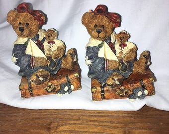 2 Boyd's Bears A Journey Begins with a Single Step Bailey Bear w Suitcase Figurines 1993
