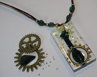 Green medal necklace