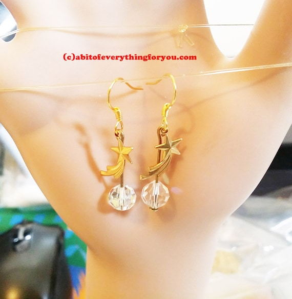 gold shooting star earrings charm dangles glass bead drops handmade celestial jewelry
