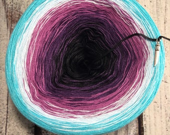 Graffiti Gradient Yarn Cake
