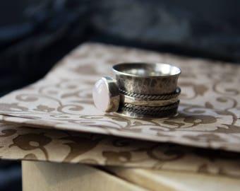 Silver Rotating Rings,Rotating Ring Quartz,wide meditative ring,Sterling silver boho ring,Spinner meditation rings,spinning meditative ring