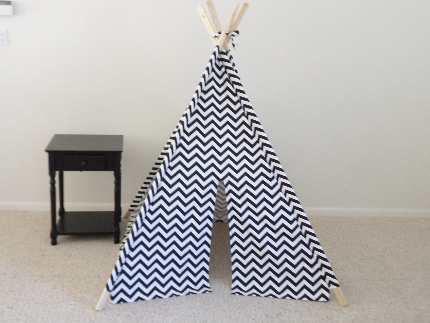 ?zoom & Teepee Black and White Chevron Tent Play Fort Made to Order