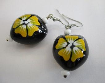 Hibiscus Floral Dangle earrings