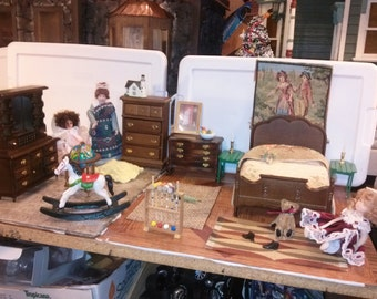 Great Quality Dollhouse Furniture bedroom set lot w/ dolls rugs teddy bear rocking horse dresser 2 green night stands painting pillow 1/12