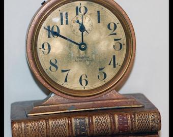 Genuine Vintage 1920s Big Ben De Luxe Alarm Clock  -- Free Shipping.