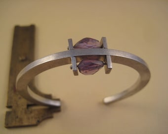 Brushed sterling bangle with double Amethyst