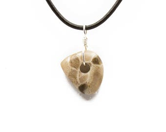Petoskey Stone Necklace Matte Petoskey Stone Jewelry Pendant Michigan Coral Fossil Beach Stone Leather Silver Gift for Women Her ET221