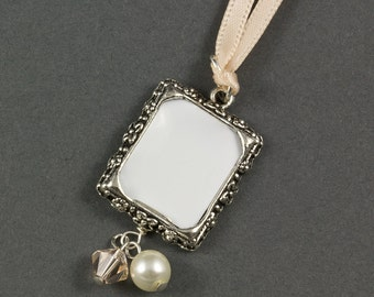 Wedding Bouquet Photo Frame Charm with Crystal and Pearl, Bridal Photo Frame Charm, Memorial Wedding Charm, Wedding Bouquet Jewellery