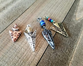 Arrowhead Pendants Arrowhead Charms Set Verdigris Patina Pendants Western Charms Arrow head Charms Assorted Charms Silver Copper Bronze *
