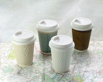 Mug de voyage en céramique nouvelle 350ml avec couvercle et manches. Gobelets réutilisables. Tasse à thé tasses en céramique de voyage. Tasse à eco recharge. Eco friendly cadeaux. Tasse à café