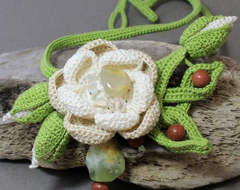 Crochet Necklace, Flower Crochet Necklace, Crochet Jewelry, Floral Crochet Necklace, Crochet beads, Crochet Flower, Bib Necklace, Crochet