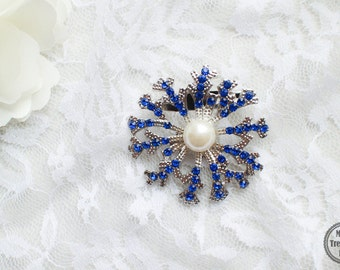 Large Blue Rhinestone Snowflake Brooch Silver Base with Pin M30- Wedding DIY Bouquet/Craft Supply/Jewelry Accessories/Blue Brooch