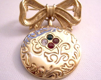 Avon Big Bow Crystal Disc Pin Brooch Gold Tone Two Piece Vintage 1982 Victorian Regard Collection Red Green Purple Stones Floral Imprinted