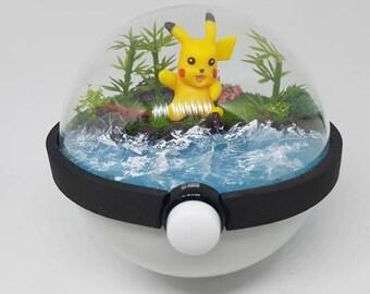 Pokèglobe 80mm: Pikachu - Pokemon Terrarium