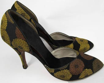 Vintage 1950's Satin Stiletto Pumps with Mums Floral Print/Free U.S. Shipping