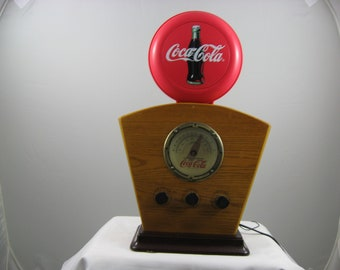 Vintage Coca-Cola 1934 Style AM/FM Radio Red Disc Lighted Globe & Dial
