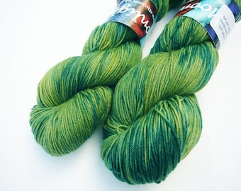 Yarn sock weight Hand dyed 100% Superwash Merino- canopy