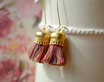 Multicolour tassel earrings - Boho festival jewellery - Gold hooks