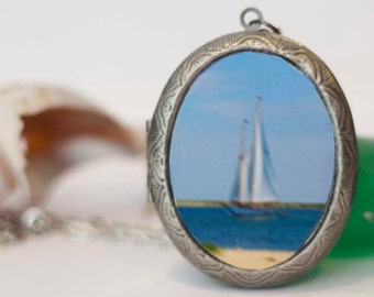 Photography Lockets, Sailboat in Motion, Cape Cod Photos, Sailing, Oval Lockets, 40 mm x 30 mm