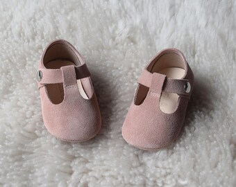 Mauve Baby Girl Shoes, Dusty Rose Baby Moccasins, Leather Mary Jane, Infant Booties, Pink Baby Moccs, Baby Girl Gift, Baby Shoes,