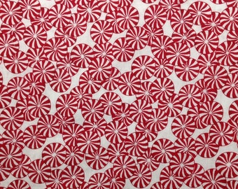 CHRISTMAS Candy Food Holiday Quilt Blanket Novelty Swirl Circle Kid Boy Girl Baby Red White Cotton Fabric