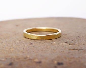 18k Gold Ring. 18k Gold Wedding Band. 2mm 18k Gold  Band. 18k Gold Wedding Ring. Hammered Rustic Men's Women's Wedding Band. Solid Gold Ring