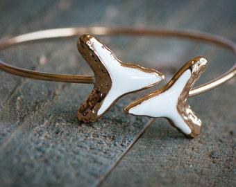 Shark Tooth Bracelet,Shark Tooth Jewelry,Shark Tooth Bangle Cuff,Arrowhead BangleBracelet,BOHO CUFF,Gold Cuff,Statement Jewelry,Gift For Her