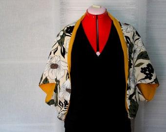 Adjustable scarf / vest / snood /2en1 / flowers / yellow