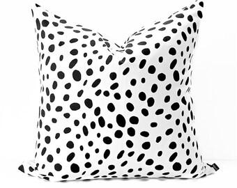 Dot pillow cover - Black White dalmatian pillow - White Black toss cushion - Polka dot pillow - Black dot pillow - Black dotted pillow -