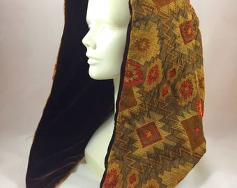 Aztec Reversible Hood with Chain