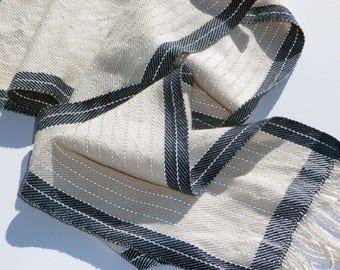 Cream and Navy Reflective Scarf
