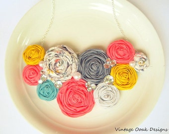 Rosette Statement Necklace, Rosette Bib Necklace,Rosette Necklace,Bridesmaid Necklace,Bridal Jewelry,Fabric Necklace,Fabric Jewelry,Rosettes