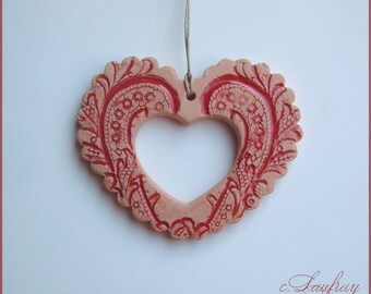 Terra cotta and Red enamel, vintage deco footprints lace heart